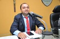 Em Sessão extraordinária foi colocado dois Projetos de Lei em votação