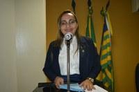 Hélvia Almeida defende abono para os Agentes de Saúde