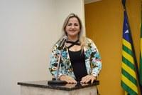 Luciana Martins critica adiamento da votação do Avança Cidades