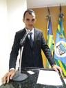 Vereador Martinez Duarte disse em discurso na tribuna da Câmara que as Máquinas da Prefeitura estavam recuperando pista de avião do DEP. Júlio César