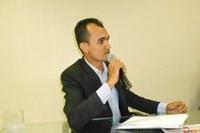 Vereador Martinez (PT) Cobra da Prefeita que regularize salários atrasados dos funcionários contratados