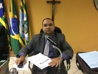 Vereador Presidente Tharlis Santos (PSD) Disse para os Moradores do Bairro Vila Boa Esperança que o Projeto voltará para este Poder Legislativo e será analisado e votado