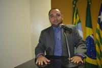 Vereador Tharlis Santos - PSD, apresenta indicações em favor do Bairro Cruzeta