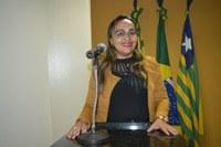 Vereadora Hélvia Almeida - PSD, pede ampliação da rede de iluminação da Rua Duque de Caxias