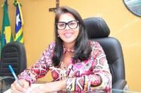 Vereadora Surama Martins – DEM- Diz em tribuna que o valor da licitação de combustível é abusivo