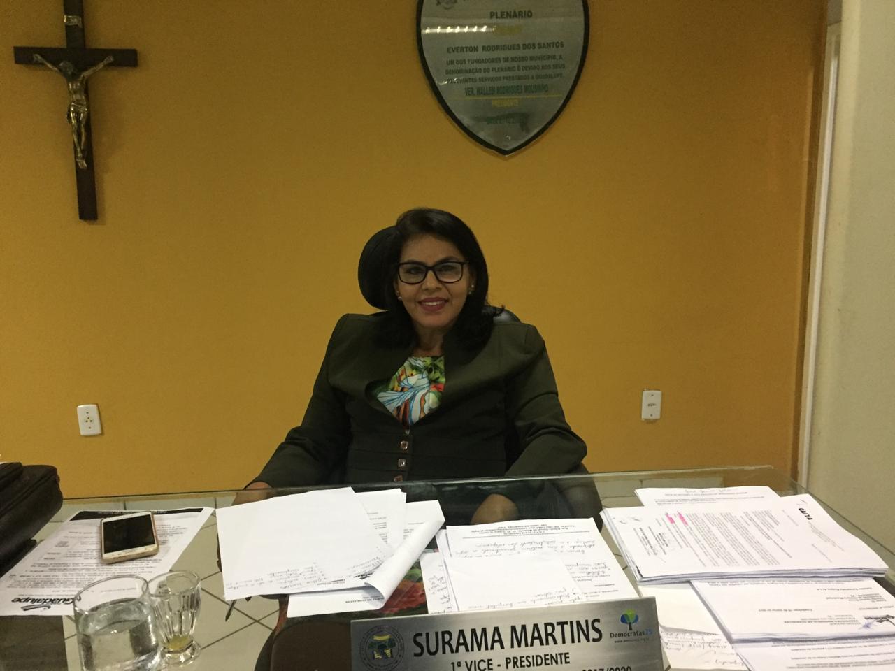 Vereadora Surama Martins (DEM) Desafia Prefeita, Vereadores e lideranças politicas se a mesma já tenha pedido propina para votar em Projetos