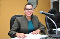 Vereadora Surama Martins (DEM) Solicita através de indicativo a relação de todos os nomes de contratados e comissionados por secretarias e seus vencimentos