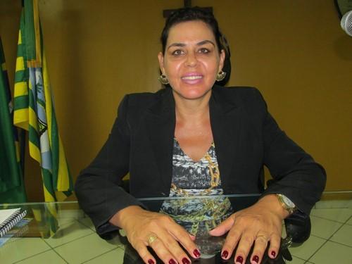 Vereadora Surama Martins salientou o orgulho de votar e apoiar Júlio César e Georgiano Neto